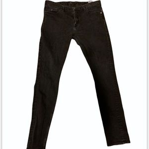 Black guess slim tapered jeans